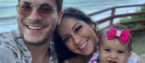Mayra Cardi dá mais detalhes sobre o fim do casamento com Arthur Aguiar. (Arquivo Blasting News)