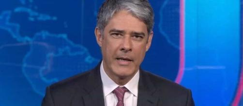 """No """"Jornal Nacional"""", William Bonner emociona os telespectadores com discurso. (Reprodução/TV Globo)"""