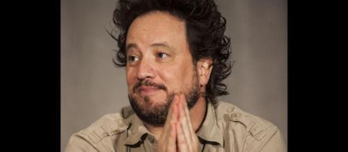 O ufologista Giorgio Tsoukalos ganhou fama mundial ao aparecer na série Alienígenas do Passado. (Arquivo Blasting News)
