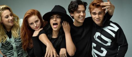 5 personagens e seus artistas na série 'Riverdale' depois da terceira temporada. ( Arquivo Blasting News )