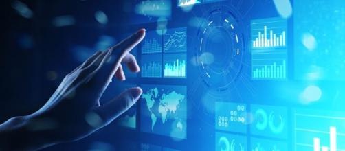 A pandemia acelerou o processo de virtualização do comércio. (Arquivo Blasting News)