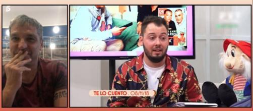 Gustavo González no puede contener la risa al escuchar las mentiras de Avilés (Telecinco)