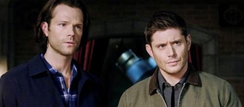 Signo dos atores de 'Supernatural'. (Reprodução/Instagram/@cw_supernatural)