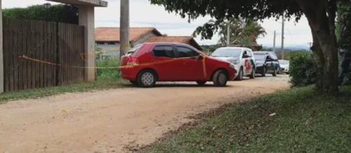 Veículo ainda estava com o motor ligado. (Reprodução/São Roque notícias)