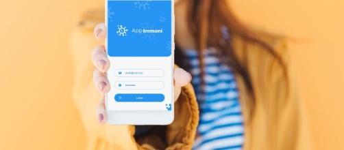 App Immuni, scaricabile da oggi dagli store Apple e Google.