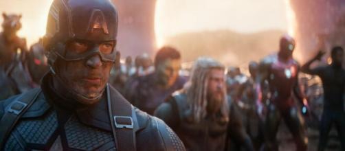 'Avengers' emplaca dois filmes entre as cinco maiores bilheterias do mundo. (Arquivo Blasting News)