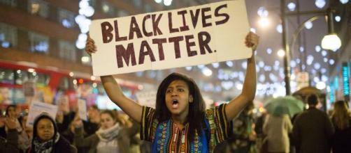 La comunidad LGTBQ se suma a la lucha contra el racismo. - slayerment.com