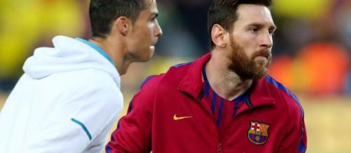 Messi e Cristiano Ronaldo são ainda considerados os dois maiores craques do futebol no momento. (Arquivo Blasting News)