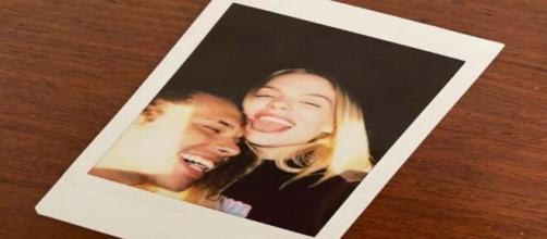 Luísa Sonza e Vitão postam foto juntos com a mesma legenda (Arquivo Blasting News)