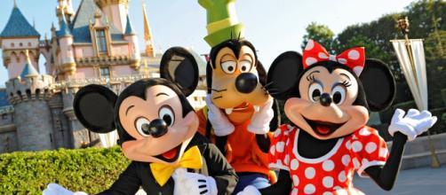 El parque Disney de Anaheim genera muchos empleos directos en California.