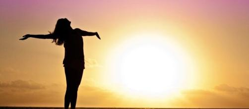 O Sol proporciona vitamina D para o corpo. (Arquivo Blasting News)