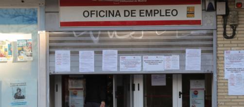 Por los errores del SEPE los bancos dejaran de adelantar el dinero por el ERTE