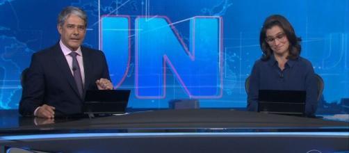 Renata Vasconcellos pediu paz ao lado do colega Wiliam Bonner, no final do 'Jornal Nacional'. (Reprodução/TV Globo)