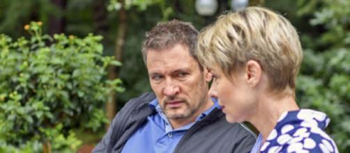 Tempesta d'amore, spoiler dal 15 al 21 giugno: Dirk vuole riconquistare Linda.