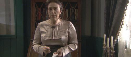 Il Segreto, trame spagnole: Francisca finge un malore per lasciare La Habana.