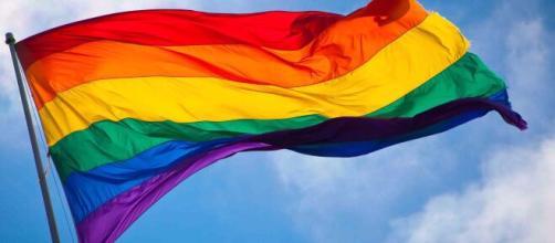 Gays e transsexuais não podem sofrer discriminação no trabalho. (Arquivo Blasting News)