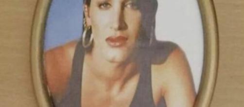 Alessia Ortense torna con il nome che aveva scelto sulla lapide: la famiglia ha spiegato che il nome da uomo non è stata una loro decisione.