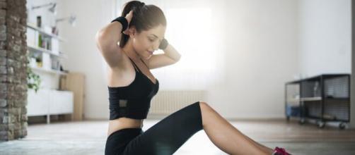 Exercícios aeróbicos para fazer em casa. (Arquivo Blasting News)