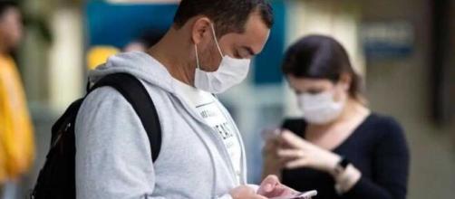 La app de rastreo de contactos con COVID-19 puede descargarse en el teléfono móvil.