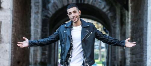 Il cantante Manuel Aspidi, ex concorrente di Amici