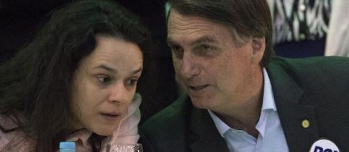 Janaína Paschoal afirma que Bolsonaro a bloqueou no Twitter. (Arquivo Blasting News)