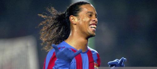 O ex-jogador Ronaldinho jogou no Barcelona. (Arquivos Blasting News)