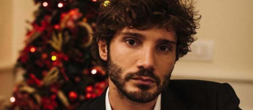 Stefano De Martino dopo l'addio a Belen: una donna di spettacolo avrebbe perso la testa per lui.