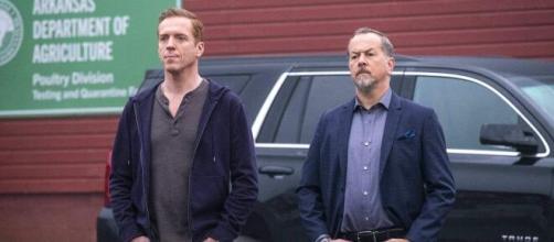 Bobby Axelrod (Damian Lewis) e Chuck Rhoades (interpretato da Paul Giamatti) in Billions.
