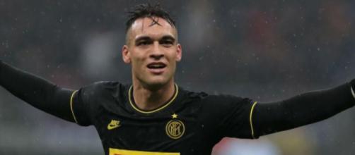 Lautaro Martinez potrebbe restare all'Inter e firmare il rinnovo del contratto.