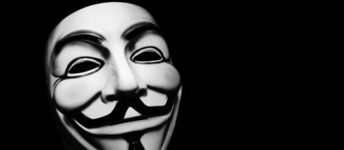 Anonymous publica información sobre Donald Trump que puede acabar con su carrera presidencial