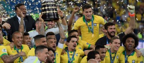 Apesar dos títulos recentes, o Brasil não é o maior campeão do torneio. (Arquivo Blasting News)