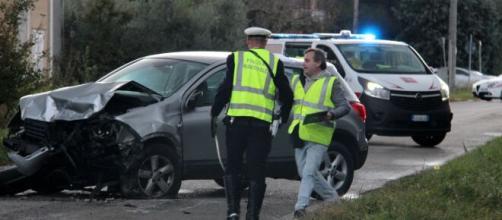 Arezzo, incidente Pratovecchio: deceduto Luca Canestri, giovane papà.