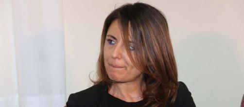 Lecco, trovata morta in casa la pm Laura Siani, 44 anni: sembra si sia tolta la vita.