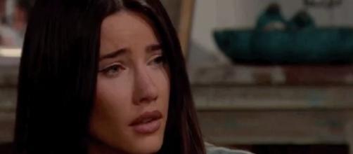 Beautiful, anticipazioni Usa: Steffy in ansia per il nipotino dopo l'addio a Phoebe.