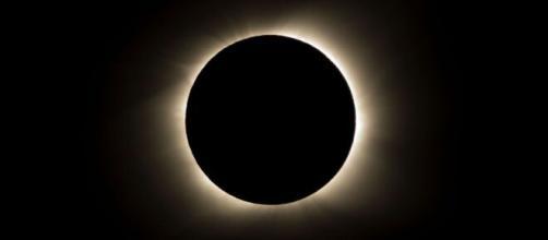 El eclipse solar anular no podrá ser visto desde el cielo Español