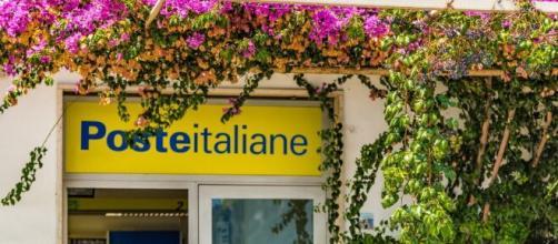Poste Italiane cerca postini per i mesi estivi.