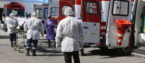 O maior registro de casos da Covid-19 em apenas 24 horas tinha ocorrido nos EUA, em 26 de abril. (Arquivo Blasting News)