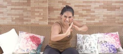 Simone relatou ter partido pra cima de mulher que deu em cima de Kaká Diniz. (Reprodução/Youtube)