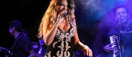 Elba Ramalho se apresenta nesta terça-feira (23). (Arquivo Blasting News)