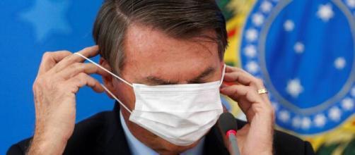 Jair Bolsonaro tem ignorado o uso de máscara em áreas públicas de Brasília. (Arquivo Blasting News)