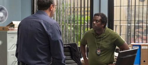 Leandro Firmino deu vida ao detetive Tomás Gomes em 'Órfãos da Terra'. (Reprodução/TV Globo)
