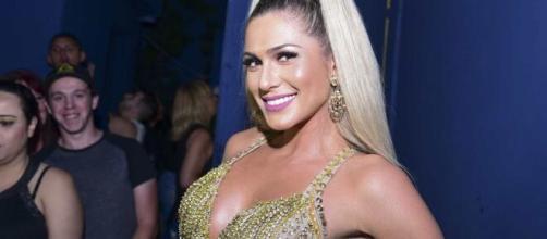 Lívia Andrade acreditou que 'Fofocalizando' poderia voltar à grade. (Arquivo Blasting News)