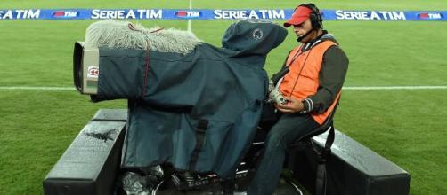 Scontro tra Lega Serie A e Sky per il pagamento dell'ultima rata dei diritti tv.