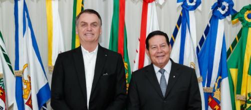 TSE arquiva ação contra Bolsonaro por uso de outdoors na campanha eleitoral de 2018. (Arquivo Blasting News)