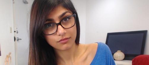 Mia Khalifa alerta jovens sobre filmes adultos: 'não quero que outra garota passe por isso' (Arquivo Blasting News)