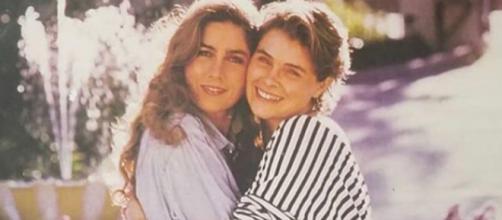 A sinistra Romina Power e a destra la sorella Taryn
