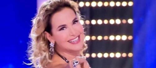 Barbara d'Urso:dall'esordio a Telemilano, fino al successo di Live - Non è la d'Urso.