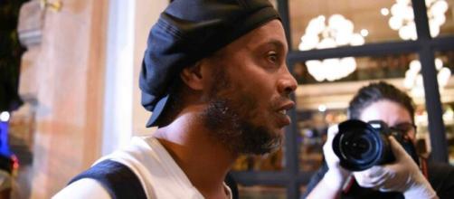 Ronaldinho chegou a ser preso no Paraguai. (Arquivo Blasting News)