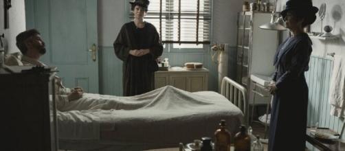 Una Vita, anticipazioni spagnole: Genoveva accudisce Felipe dopo un'amnesia.