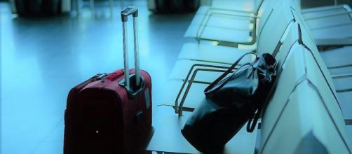 Viaggi in aereo, dal 26 giugno addio al bagaglio a mano.